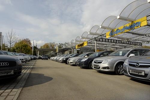 Stellplatzüberdachung Auto Staiger GmbH, Stuttgart