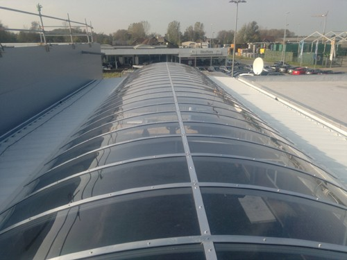 Dachlichtband Autohaus Frisia, Jever