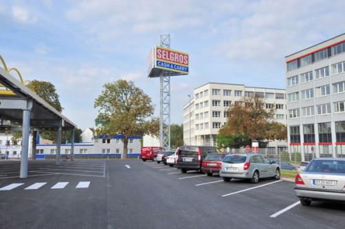 Werbepylon Selgros Chemnitz
